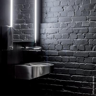 Goose renoveert Safari Studios tot hybride productiehuis met strakke sanitaire ruimtes