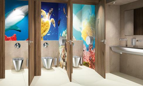 Zijn specifieke hygiëne accessoires voor sanitair vereist in publieke ruimten?
